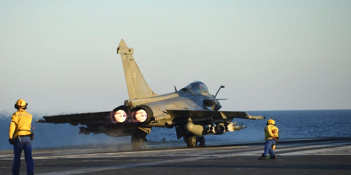 Ο Έλληνας πιλότος που πέταξε με τα Rafale: «Θα δώσουν υπεροχή στην ΠΑ – Δεν μπορούν να το αντιμετωπίσουν τα F-16»