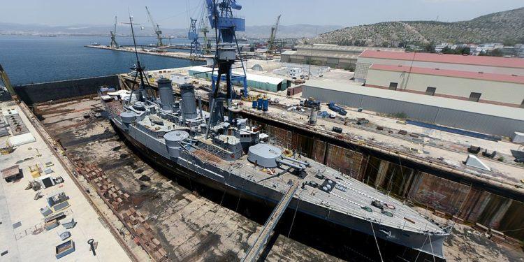 Αμερικανό-γερμανικός ανταγωνισμός μέσω ναυπηγείων για τους εξοπλισμούς του ΠΝ