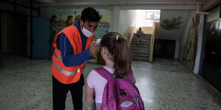 Χαρδαλιάς: Εκτός τάξης οι μαθητές που δεν θα φορούν μάσκα