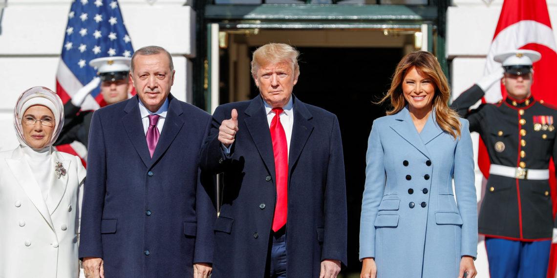 «Αγκάθι» στη σχέση Τραμπ – Ερντογάν ο Μενέντεζ! Ζητά τα πρακτικά των συνομιλιών τους