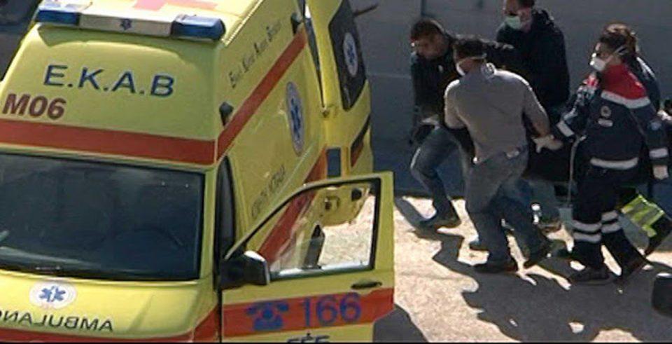 Θεσπρωτία: Νεκρός 43χρονος σε παγκάκι στην πλατεία Φιλιατών – Περίμενε 45 λεπτά το ασθενοφόρο