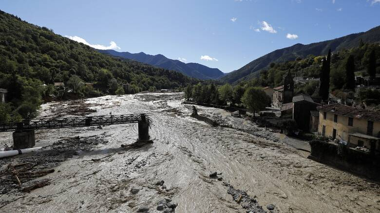 Γαλλία – Ιταλία: Ένας νεκρός και 19 αγνοούμενοι από τις πρωτοφανείς πλημμύρες