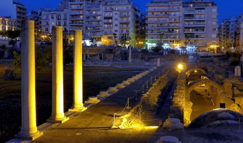 Θεσσαλονίκη: Συνωστισμός, σκουπίδια και ναρκωτικά σε έναν από τους πιο εμβληματικούς αρχαιολογικούς χώρους