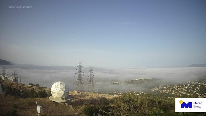 Καιρός: Εντυπωσιακές εικόνες από την πυκνή ομίχλη που κάλυψε την Αθήνα - ΒΙΝΤΕΟ
