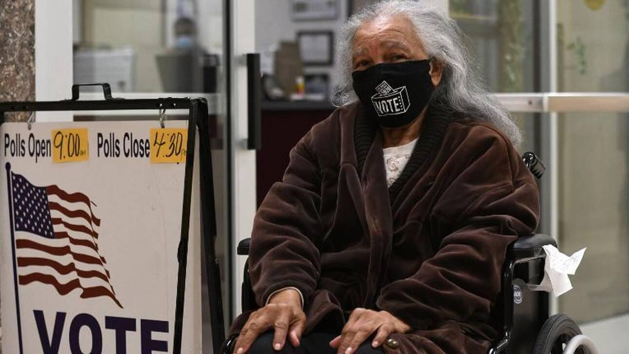 Εκλογές ΗΠΑ: Η 94χρονη που ταξίδεψε περισσότερα από 1.000 χλμ. για να ψηφίσει