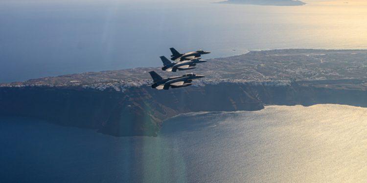 Ολοκληρώθηκε η συνεκπαίδευση της Πολεμικής Αεροπορίας των ΗΑΕ με τις ελληνικές Ένοπλες Δυνάμεις (pics)