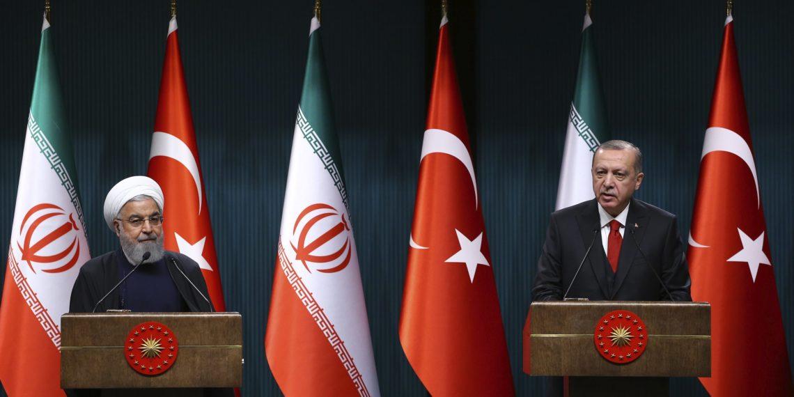 Ιράν και Τουρκία σε κοινό θρησκευτικό μέτωπο ενάντια στη Γαλλία
