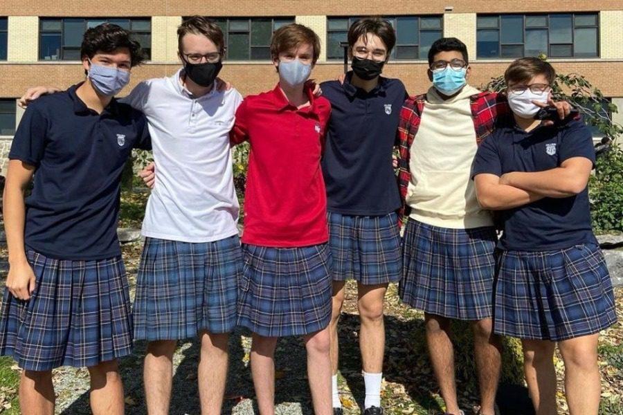 Αγόρια φόρεσαν φούστες και πήγαν σχολείο, διαδηλώνοντας κατά του σeξισμού