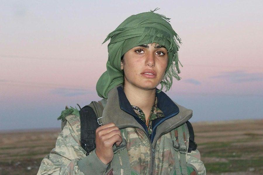 Η γυναίκα σύμβολο που πέθανε στα 19 της πολεμώντας τον ISIS