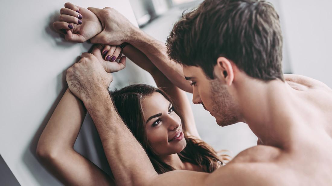 Έρευνα: οι γυναίκες αγαπούν το άγριο σεξ περισσότερο από τους άντρες