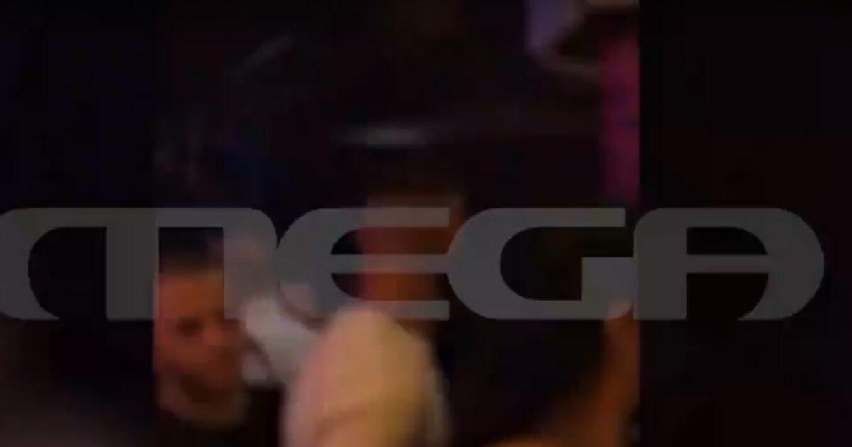 Τρελός συνωστισμός! Τίγκα στον κόσμο γνωστό κλαμπ στο Μπουρνάζι για να δουν τον Πάνο Καλλίδη