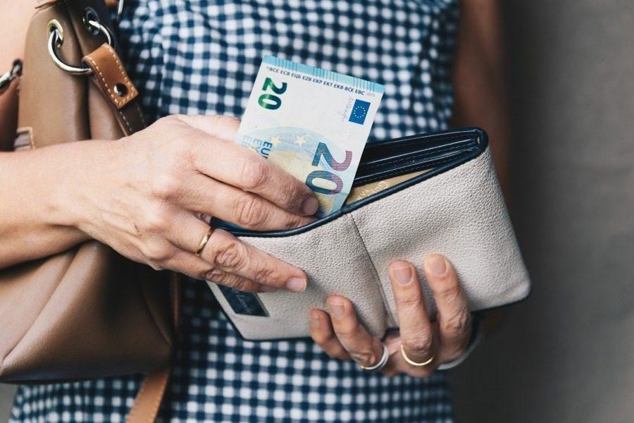 Πόσο αυξάνονται οι μισθοί στον ιδιωτικό τομέα από τον Ιανουάριο του 2021