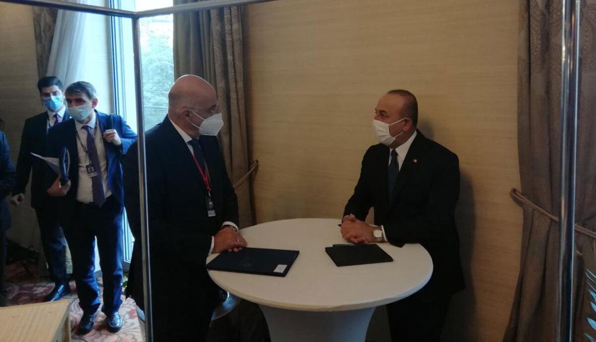Δένδιας και Τσαβούσογλου συμφώνησαν ημερομηνία για τις διερευνητικές επαφές – Οργή Ελλάδας για τα Βαρώσια