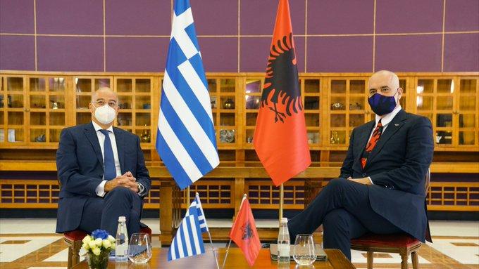 Πάνε στη Χάγη για καθορισμό ΑΟΖ Ελλάδα και Αλβανία