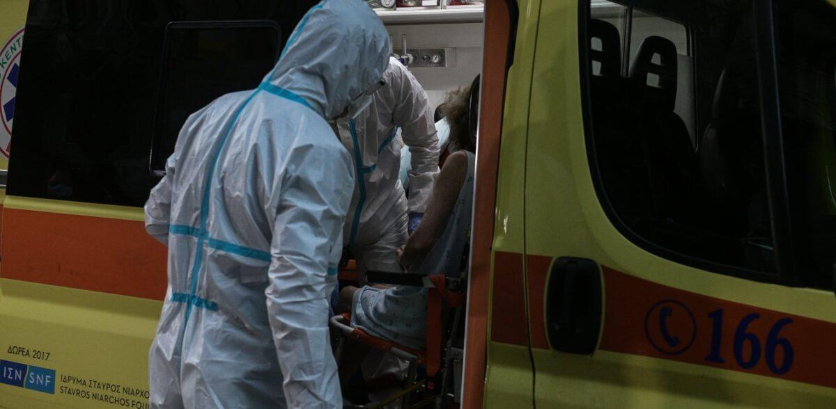 Κορονοϊός: Επτά νεκροί σε λίγες ώρες – Μεγαλώνει η μακάβρια λίστα