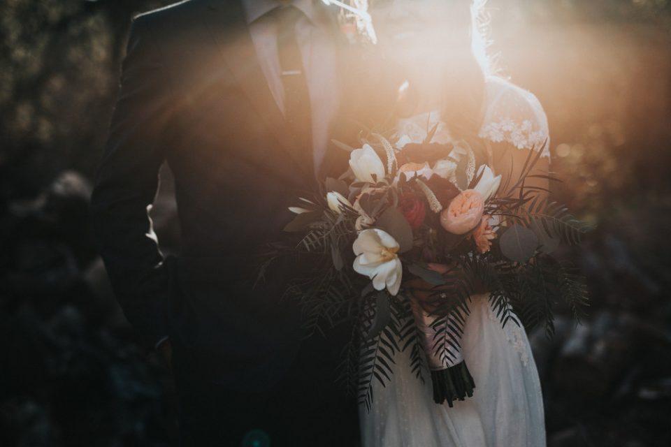 Γυναίκα ακύρωσε τον γάμο της με… φάντασμα επειδή ήταν άτακτο, έπινε και έκανε χρήση ναρκωτικών