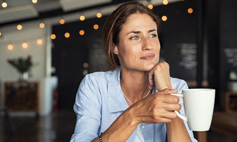 Πρόωρη γήρανση: 5 σημάδια που δεν πρέπει να αγνοήσετε (εικόνες)