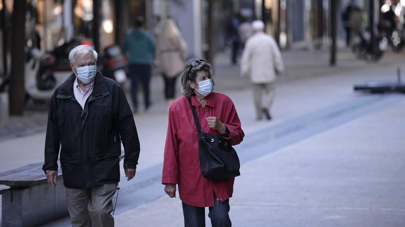 Σαρηγιάννης στο CNN Greece: Παρατεταμένο lockdown στην περίπτωση 2.000 ημερήσιων κρουσμάτων