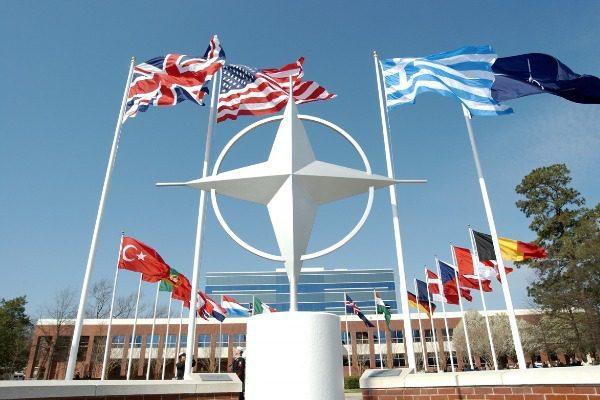 Σαν σήμερα: Η επιστροφή της Ελλάδας στο ΝΑΤΟ