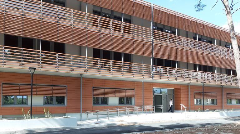 Έκτακτα μέτρα στο Βενιζέλειο – Αναστέλλονται εξωτερικά ιατρεία και τακτικά χειρουργεία μέχρι την Παρασκευή