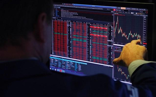 Στο «κόκκινο» οι αγορές, μετά την ασθένεια Τραμπ από τον κορωνοϊό