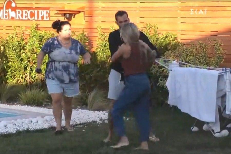 Κακός χαμός στο Big Brother, η Σοφία κλωτσάει καρέκλες και καλεί ταξί για να φύγει