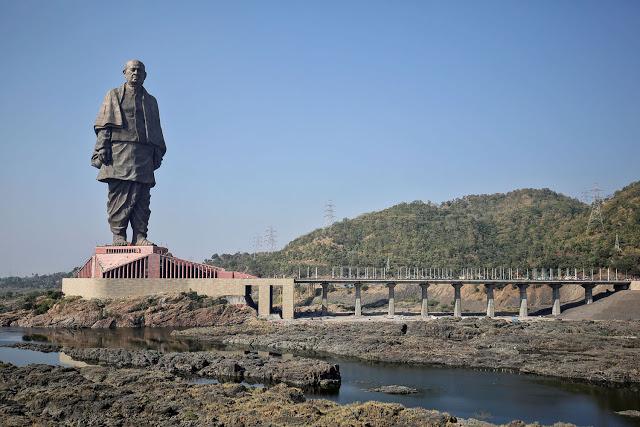 Το ψηλότερο άγαλμα στον πλανήτη απεικονίζει… έναν πολιτικό