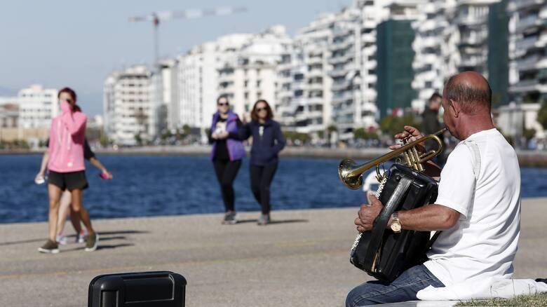 Κορωνοϊός: Όλο και πιο κοντά στο «κόκκινο» η Θεσσαλονίκη – Επείγουσα τηλεδιάσκεψη Μητσοτάκη