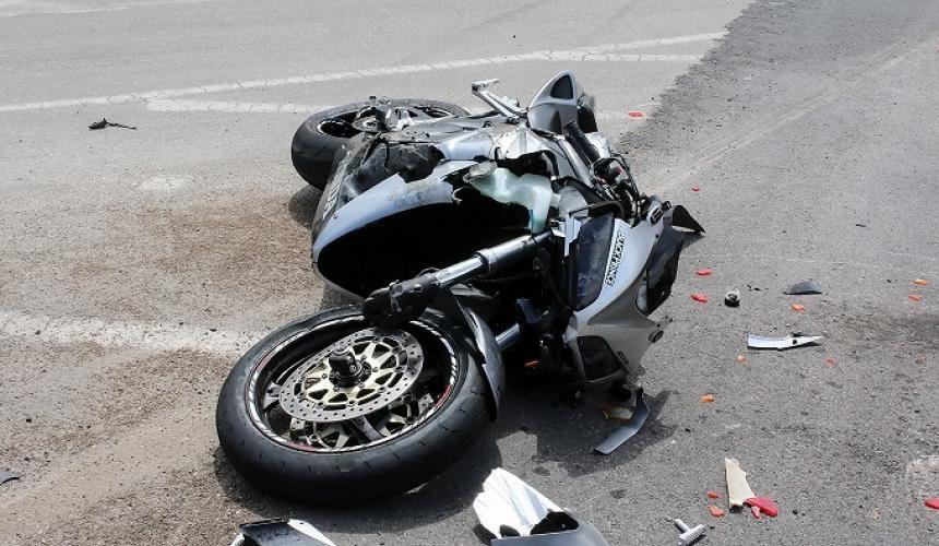 Τροχαίο με μηχανή στην παραλιακή λεωφόρο Ηρακλείου - Τραυματίστηκε νεαρός