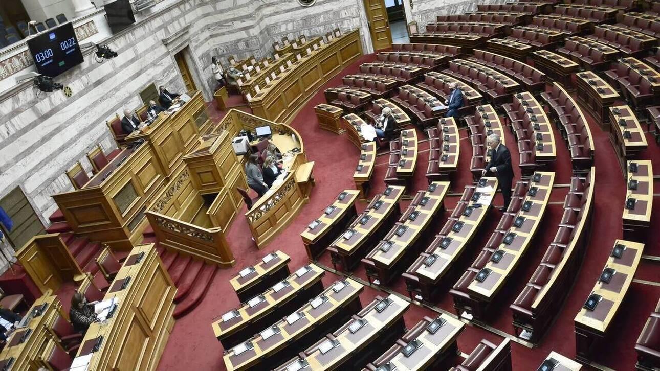 Τρίτο κρούσμα κορωνοϊού στη Βουλή
