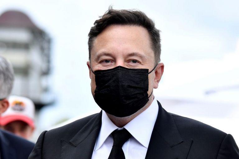 Ο Έλον Μασκ δεύτερος πλουσιότερος άνθρωπος του κόσμου – Πόσα δισ. έχει