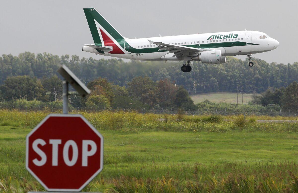 """Μοντέλο """"Covid-free"""" πτήσεων από ΗΠΑ και Γερμανία δοκιμάζει η Ιταλία"""