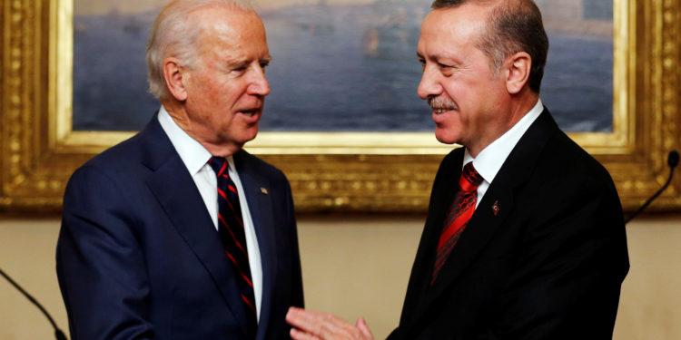 Ερντογάν: Άργησε αλλά…συνεχάρη τον Μπάιντεν για τη νίκη του στις εκλογές των ΗΠΑ