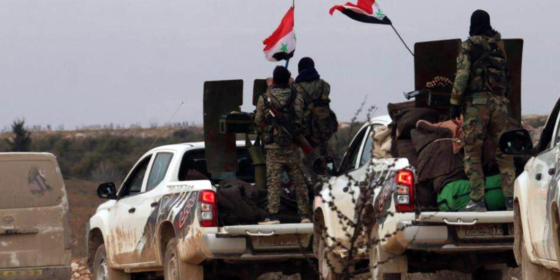 Κατεβάζουν την τουρκική σημαία και υψώνουν τη συριακή! Ο Ερντογάν χάνει εδάφη στη Συρία (βίντεο)