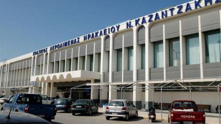 Τουρισμός: «Ποδαρικό» με 10.000 τουρίστες μέσα σε τρεις μέρες στο αεροδρόμιο «Νίκος Καζαντζάκης»
