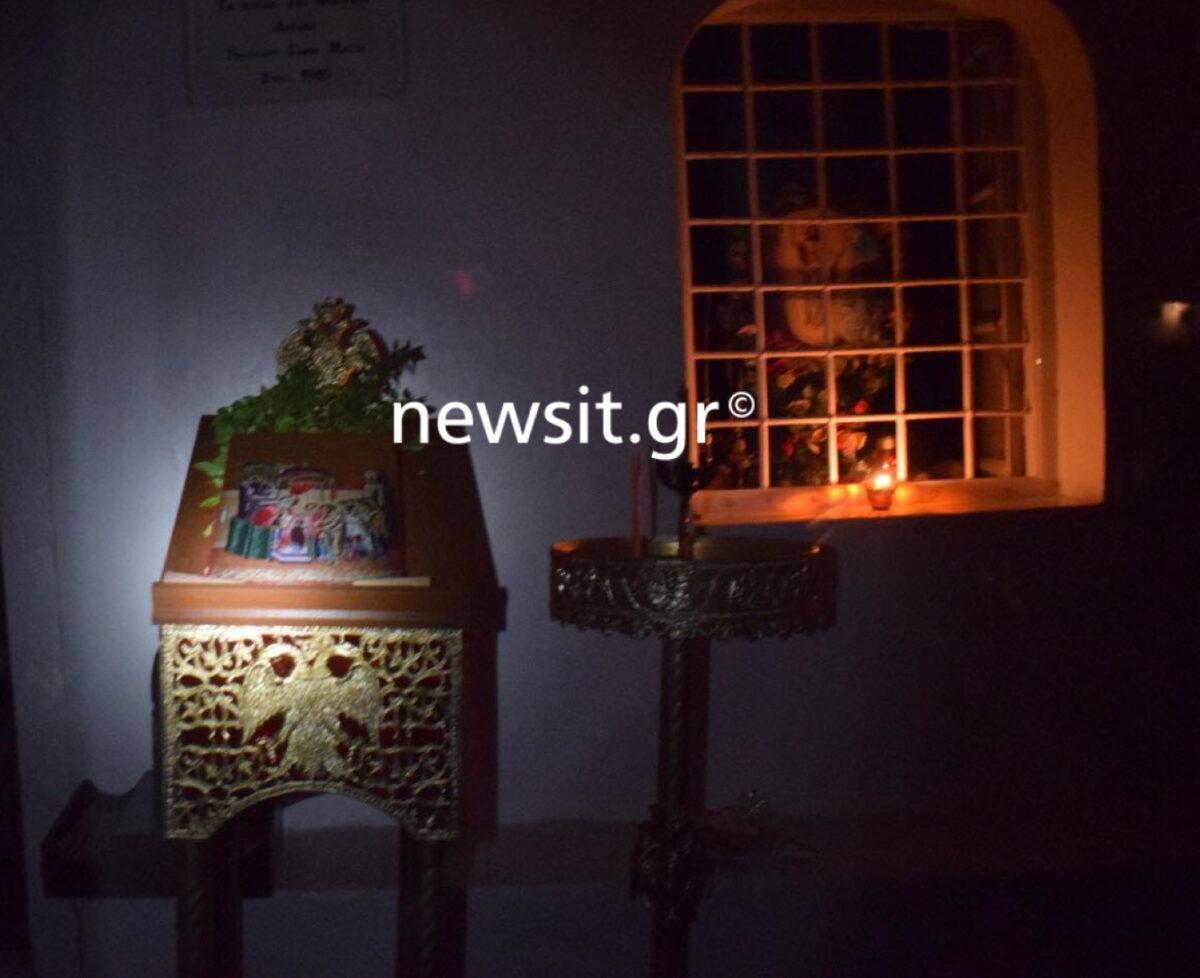 Κορονοϊός: Έβγαλαν εικόνα από το εκκλησάκι και την φιλούσαν οι πιστοί! (pics)