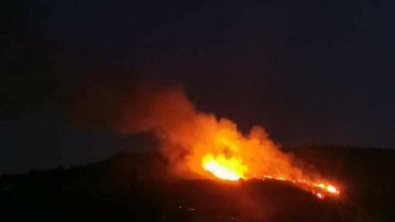 Μεγάλη φωτιά στον Χανδρά -Συναγερμός στην Πυροσβεστική