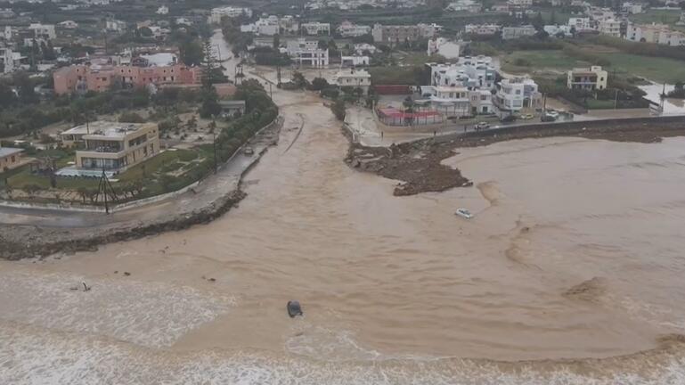 Θάλασσα, δρόμοι, σπίτια έγιναν ένα – Η καταστροφή στην Κρήτη από ψηλά