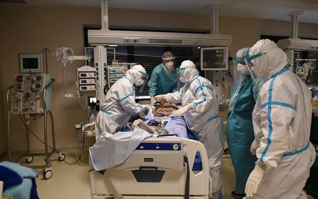 Κορωνοϊός: Αρνητικό ρεκόρ 480 ασθενών σε ΜΕΘ - 60 νεκροί, 3.209 νέες μολύνσεις