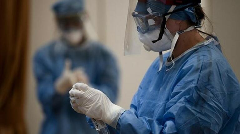 Κορονοϊός: Διασωληνωμένοι εκτός ΜΕΘ στη Βόρεια Ελλάδα – Πάρκινγκ μετατράπηκε σε νοσοκομείο