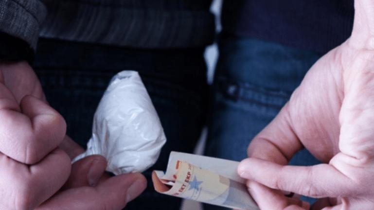 Νταραβέρι ναρκωτικών από 13χρονους σε σχολείο - Τί κρύβεται πίσω από τη συναλλαγή