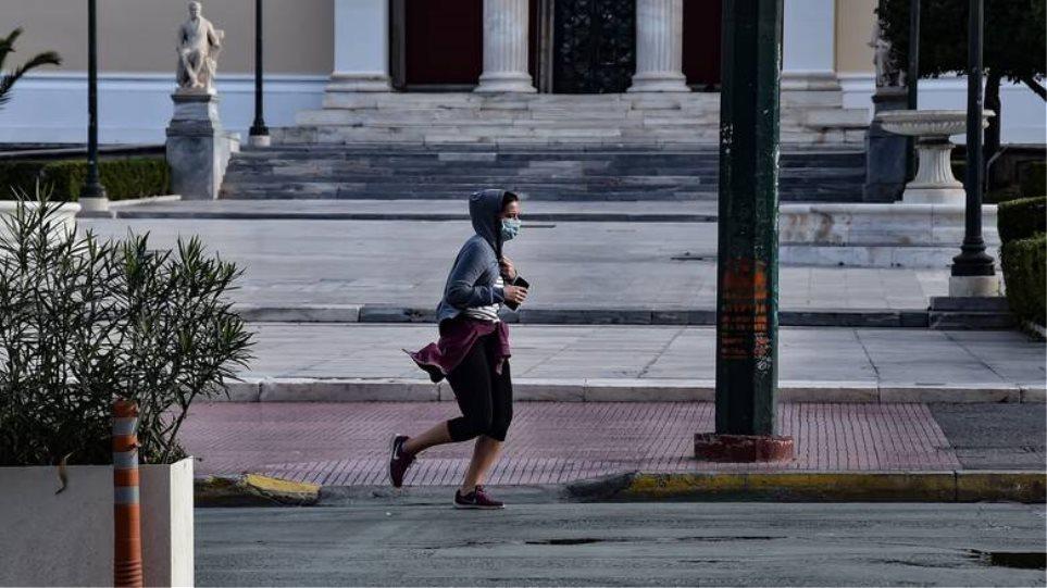 Πότε το 13033 μπορεί να «αρνηθεί» την έξοδο - Την Κυριακή έστειλαν 1 εκατ. SMS για άθληση μετά τις 21:00