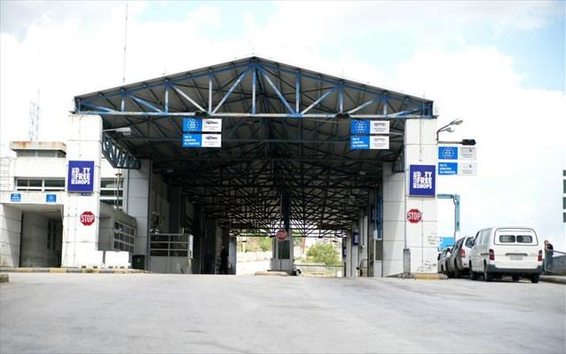 Κορωνοϊός: Κλείνουν από αύριο τα χερσαία σύνορα της χώρας - Ενίσχυση ελέγχων στη Β. Ελλάδα
