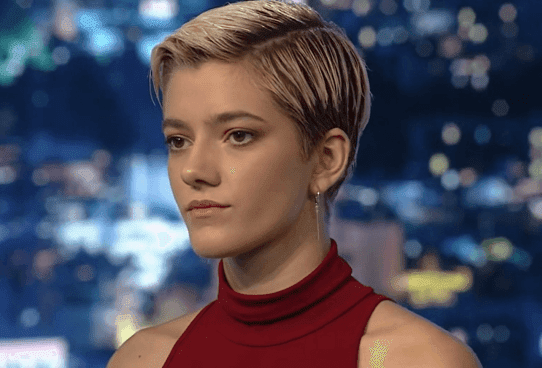 GNTM: Η Λία αποχώρησε και άλλαξε τα μαλλιά της – Η πρώτη της τηλεοπτική εμφάνιση