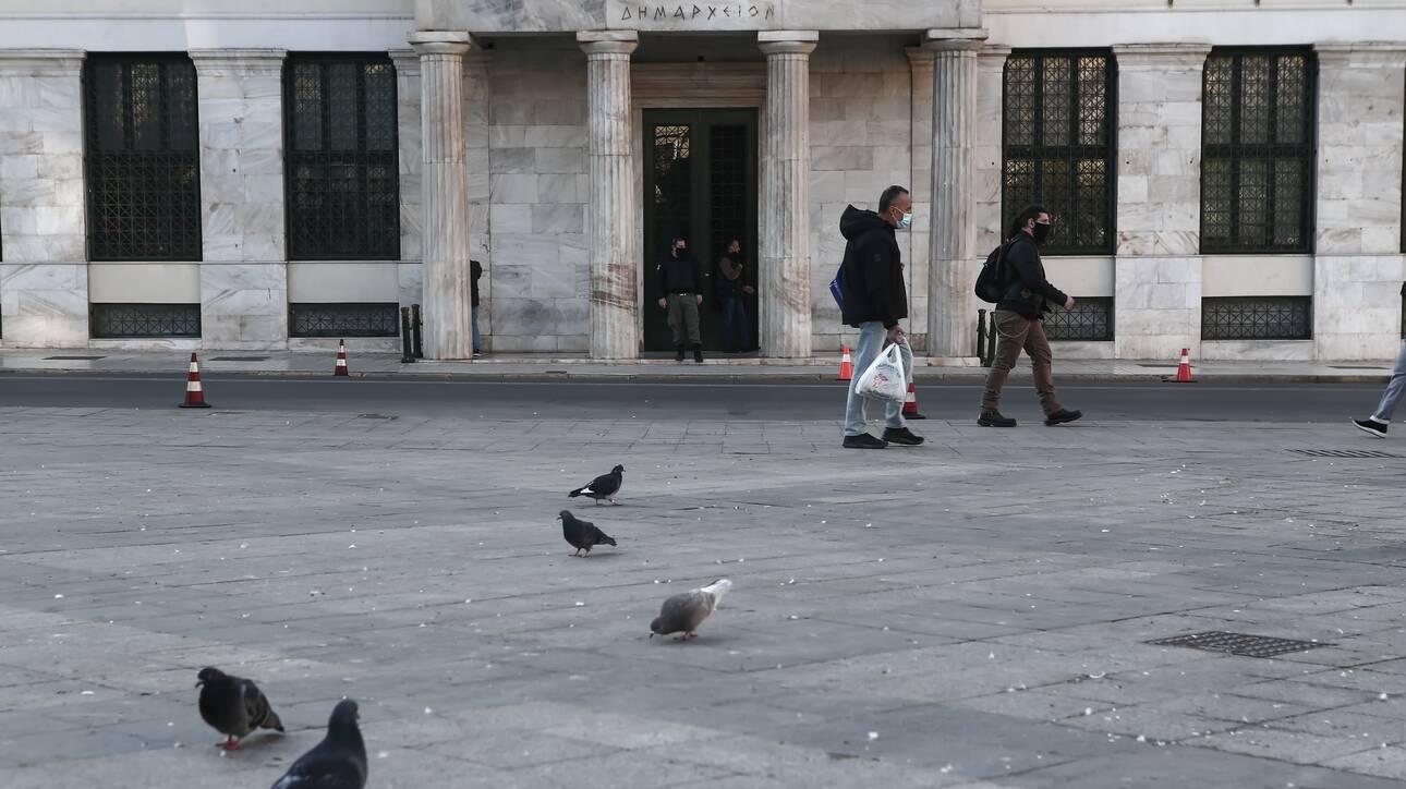 Σαρηγιάννης: Πόσα θα είναι τα κρούσματα ανά εβδομάδα μέχρι το τέλος του χρόνου