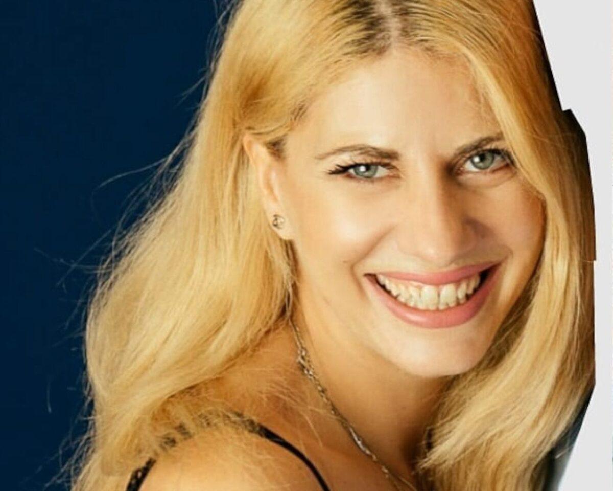 Big Brother: ΑΠΟΚΛΕΙΕΤΑΙ! Δες την Άννα-Μαρία να ανεβαίνει σε ΜΠAPA χωρίς ρούxα-Εδω το υλικό που διέρρευσε!