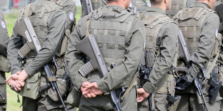 Άγριο έγκλημα: Βρέθηκε αποκεφαλισμένος στρατιώτης (εικόνες)