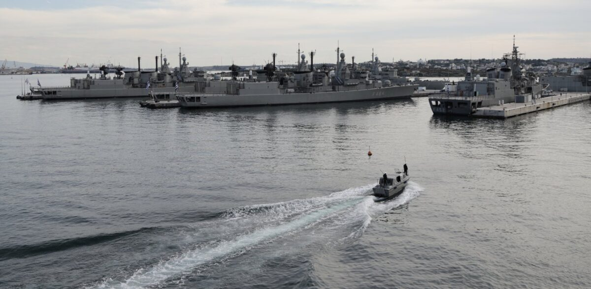Μάχη για τις φρεγάτες του Πολεμικού Ναυτικού – Oι «μνηστήρες» και τα σχέδια της κυβέρνησης