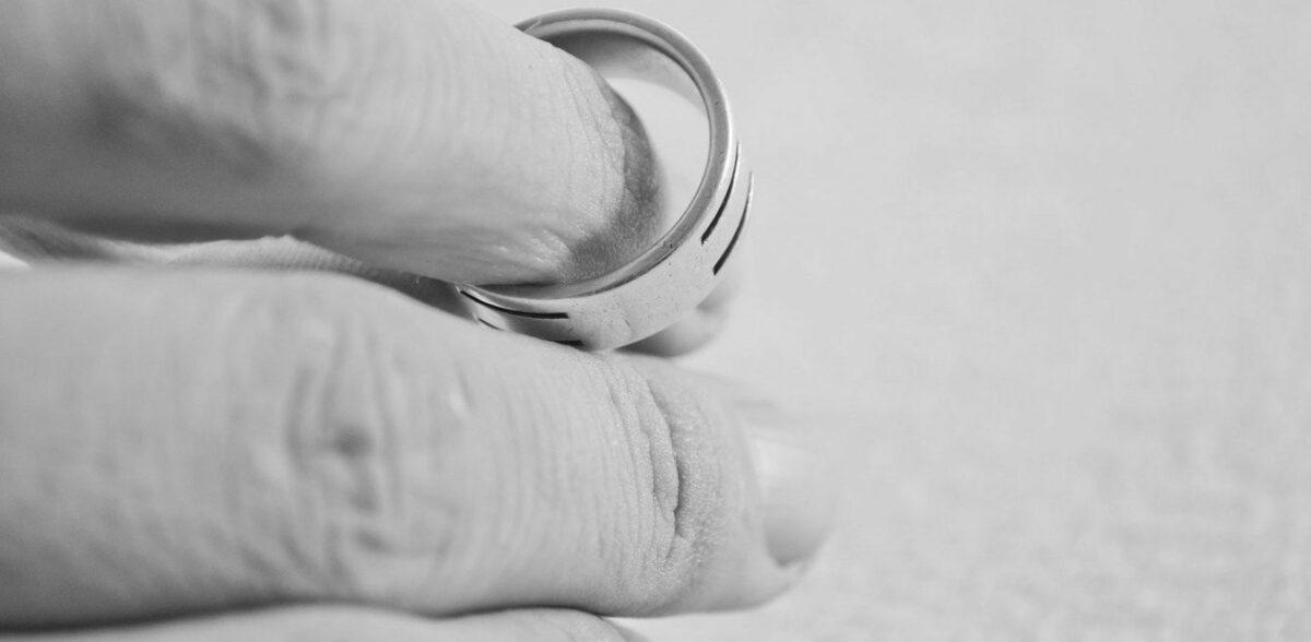 Οικογενειακό δίκαιο: Τι αλλάζει για τους διαζευγμένους γονείς έπειτα από 40 χρόνια