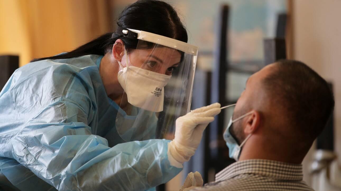 Βατόπουλος στο CNN Greece: Δεν έχουμε ικανοποιητικό έλεγχο της επιδημίας